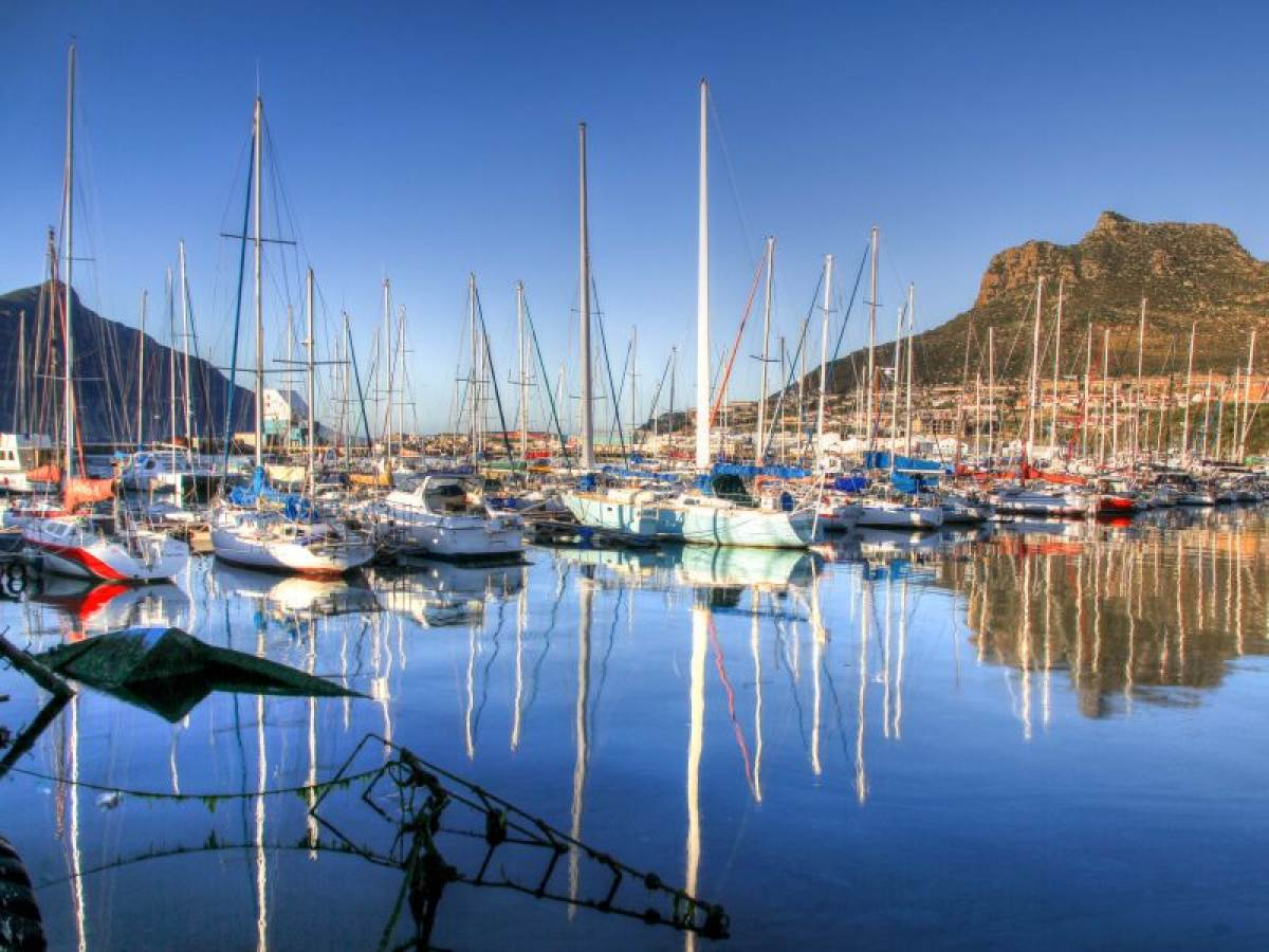 Fishing chapmans peak drive for Peak fishing times for today